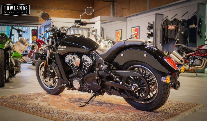 Indian Scout Thunder Black vol