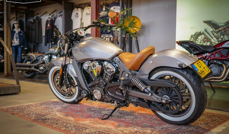 Indian Motorcycle Scout Custom vol